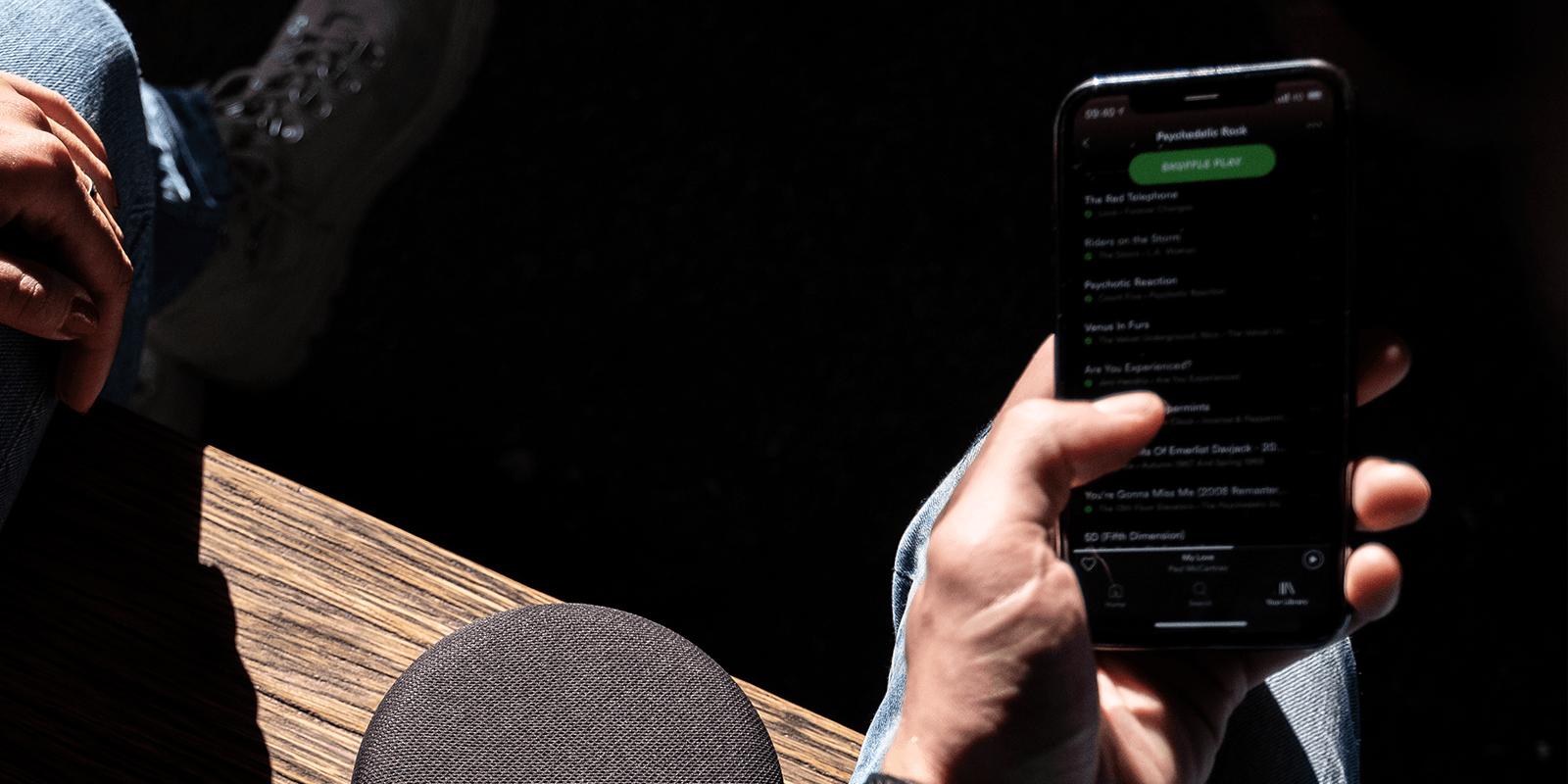 Przegląd serwisów streamingowych. Spotify, Tidal, a może Apple Music? Który wybrać?, Denon Store