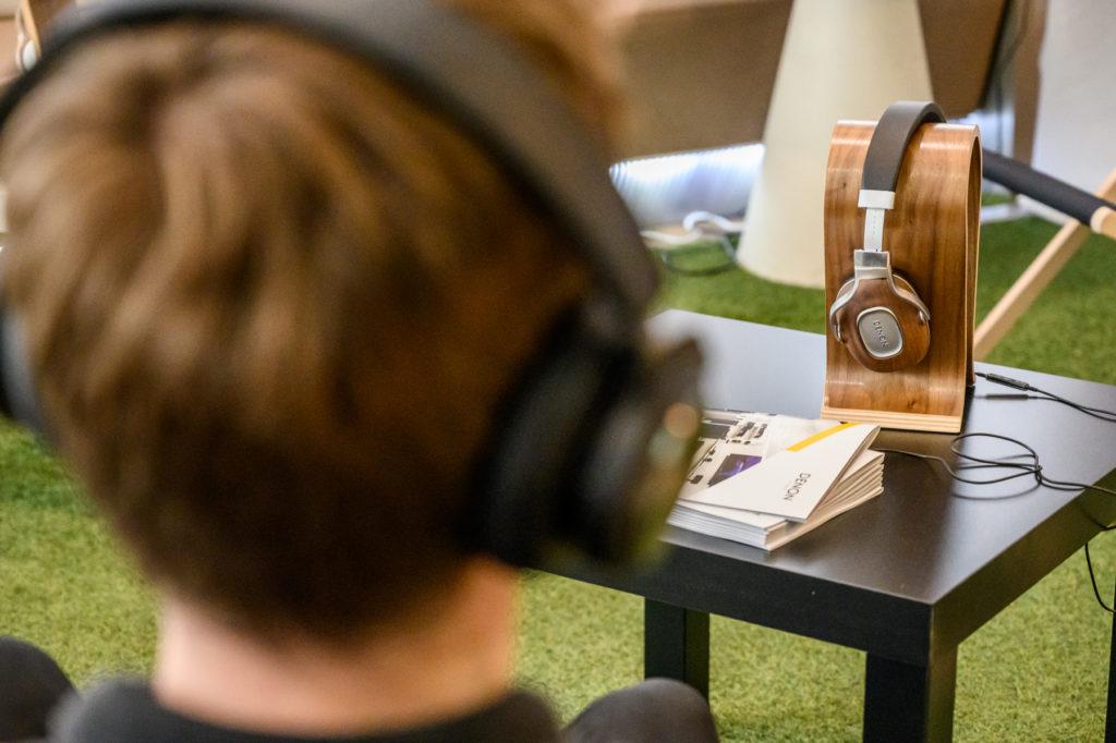 Słuchawki dla dziecka – czego unikać, jakie wybrać?, Denon Store